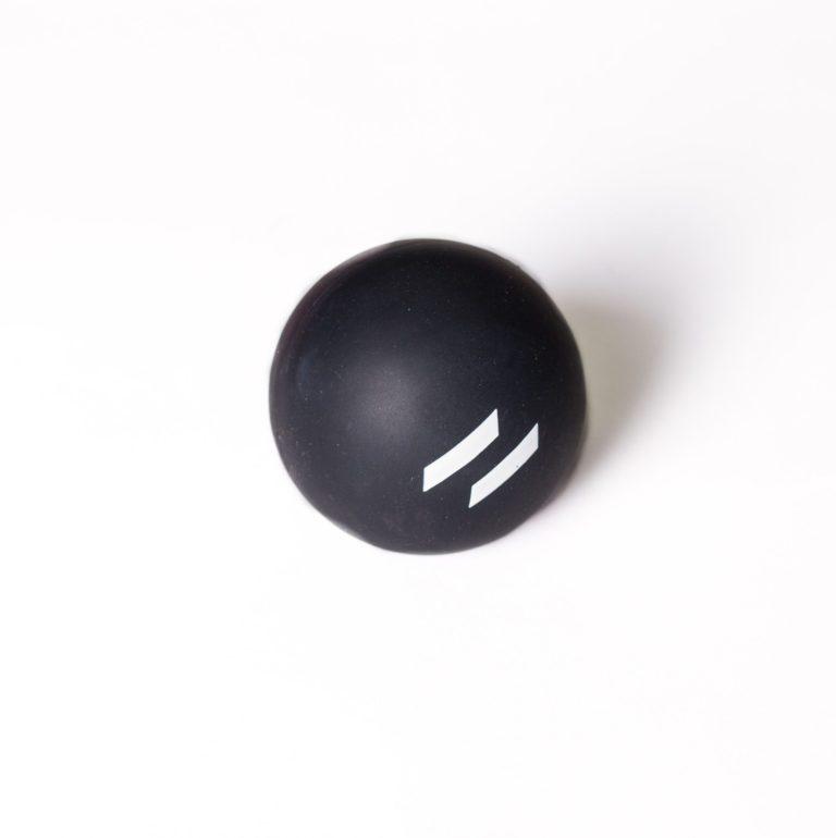 Nuddbolti svartur 1