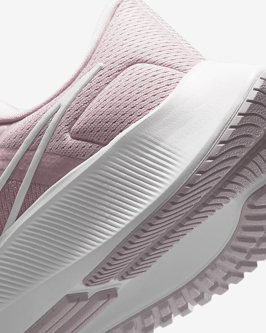 air-zoom-pegasus-38-womens-running-shoe-2bvJvW (13)